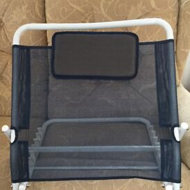 Adjustable back rest with pillow
