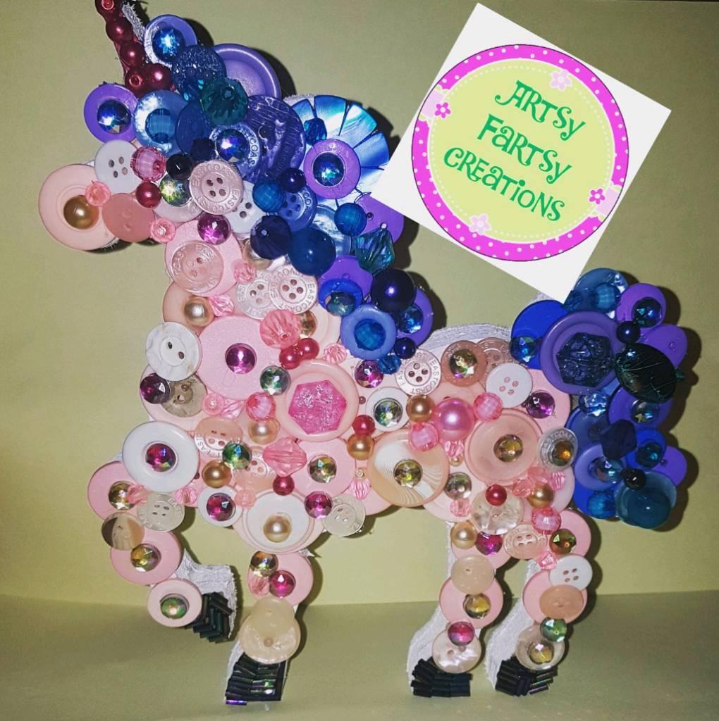Freestanding unicorn