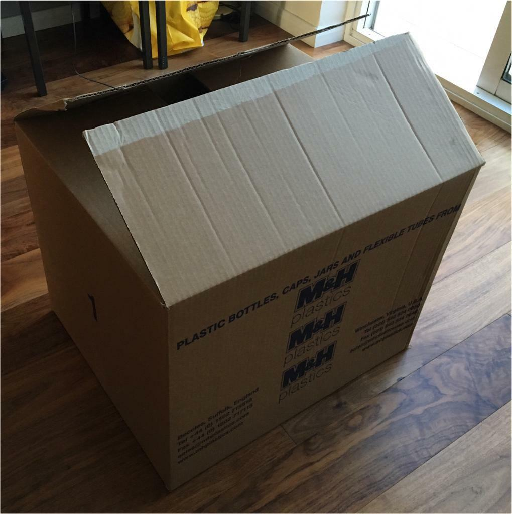 100 Cardboard Boxes - Packing Moving