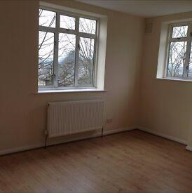 2 bedroom flat with 2 bathrooms near lewisham hospital