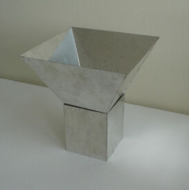 Aluminium Pyramid Candle Mould with Stand. - brand new