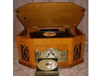 Wooden Retro Turntable with Built in CD, FM Radio and Tape Player