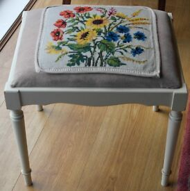 Vintage Shabby Chic Dressing Table Piano Stool Tapestry Seat Cream Legs Sunflowers Pink Velvet