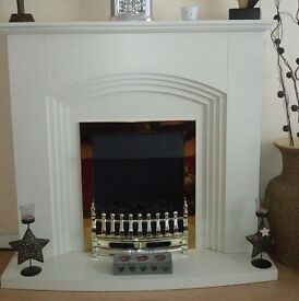 Electric fire and surround with hearth