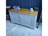 Vintage blanket box, toy box, linen trunk, vintage storage, playroom box, large trunk, shoe storage