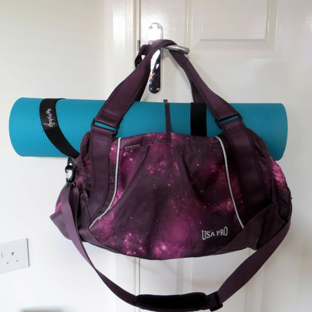 USA Pro yoga holdall, ladies gym or weekend bag | in Wolverton ...