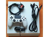 PS4 Playstation 4 White 500GB With 1 pad and all wires