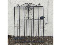 Wrought iron gate (black)