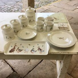 Ducks & Drakes kitchenware