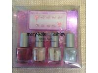 NEW mary-kate and ashley Glossy Nails Lacquer Set