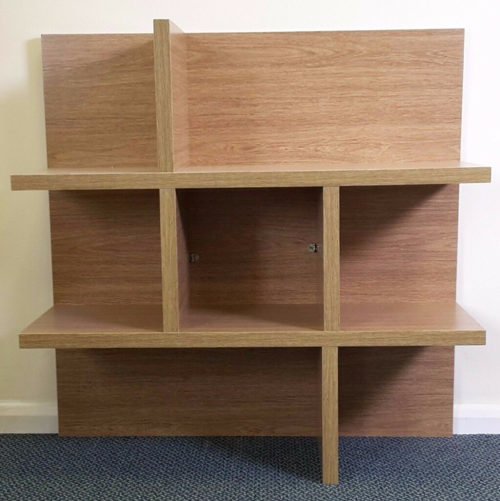 NEW,Never placed on a wall! Large 90cm x 90cm oak finish wall mounted floating shelf,shelving