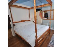 Pine four poster bed