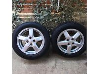 2 ALLOY WHEELS WITH TYRE 5 SPOKE STUD R 15 195/60 2002 toyota corolla verso 1,8 T3 VVTI 1ZZ