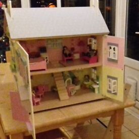 Beautiful Wooden Doll's House with Furniture and Dolls