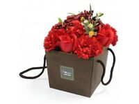 soup flower bouquet-red rose&carnations