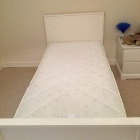 Kid's Bed single with mattress