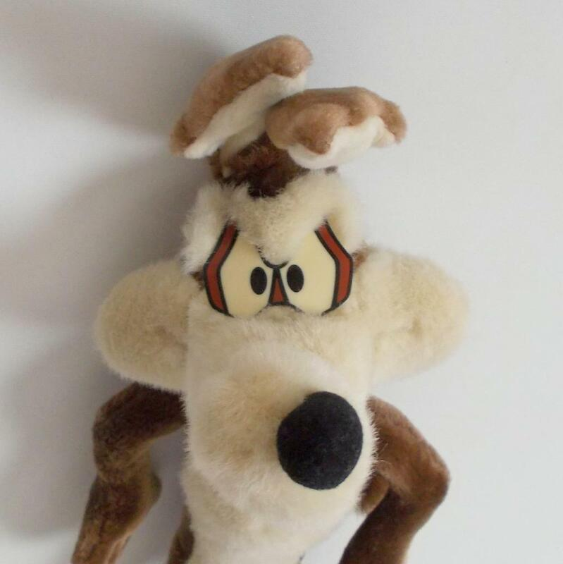 "Applause Wile E Coyote Plush Looney Tunes Bendable Legs 21"" Tall 1994 Vintage"