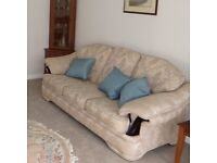 3 seater sofa, very good condition.