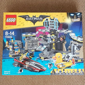 Lego 70909 The Batman Movie Batcave Break-In - Brand New