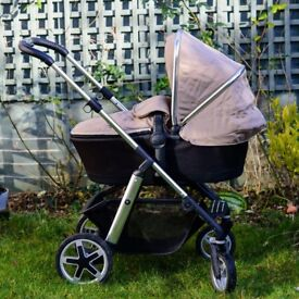 Silver Cross Pioneer 3 in 1 pushchair / pram in excellent condition