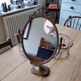 dressing table mirror. vintage mirror. antique mirror. mirror on stand. (1285)
