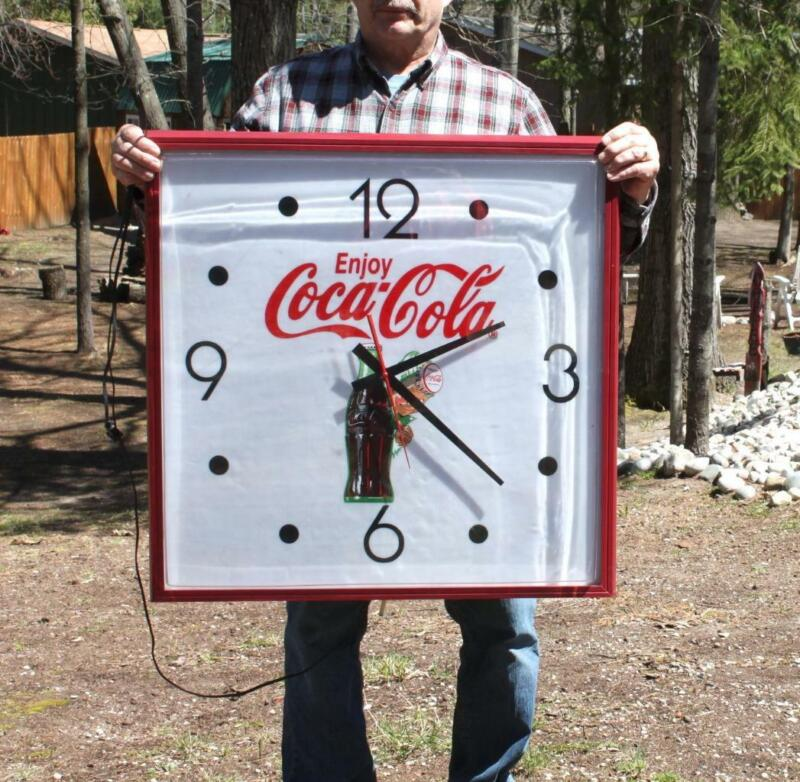 Large COCA -COLA Advertising Clock 30X30 Coke Hanover Lighted Clock  Works Great