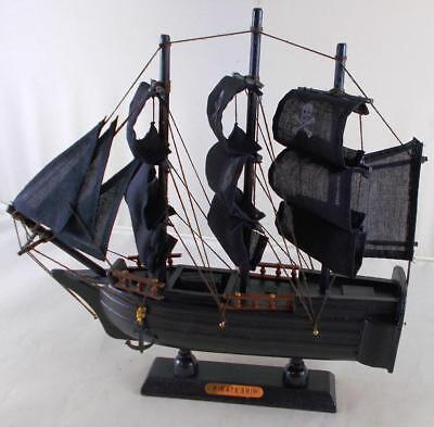 Wooden Pirate Ship (Pirate Ship Wooden Boat Model with Cloth Sails - Fully)