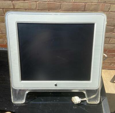 Apple Studio Display M7649 17'' With VGA Cable with inbuilt stand