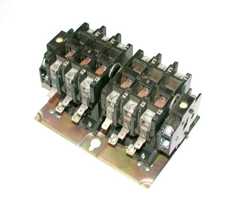 GOULD  2200R  EBR430AA  REVERSING CONTACTOR 110/120 VAC COIL 40 AMP 600 VAC