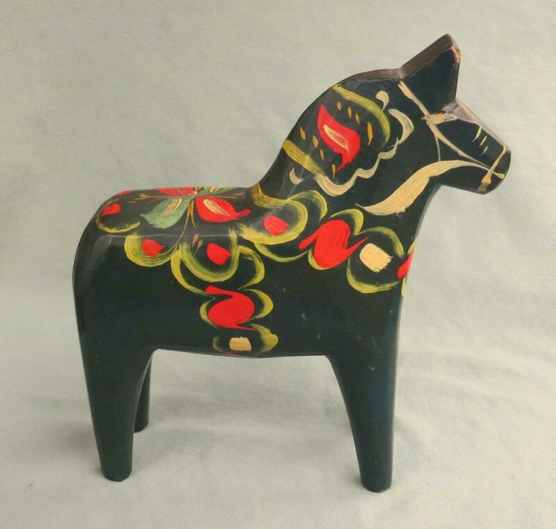 VINTAGE SWEDISH HAND PAINTED WOOD DALA HORSE