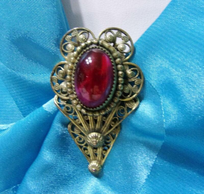 Vintage Open & Lacy Gold Tone & Red Glass Cabochon Dress / Scarf Clip