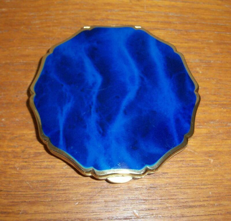 VINTAGE STRATTON BLUE ENAMEL AND GOLD TONE COMPACT ENGLAND