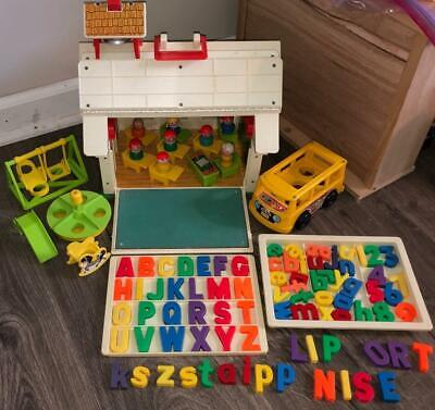 FISHER PRICE VINTAGE LITTLE PEOPLE PLAY FAMILY SCHOOL HOUSE SET #923