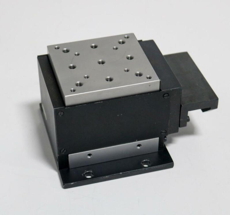 Newport M-MVN80 Vertical Linear Stage, Adapted For Motor Actuation