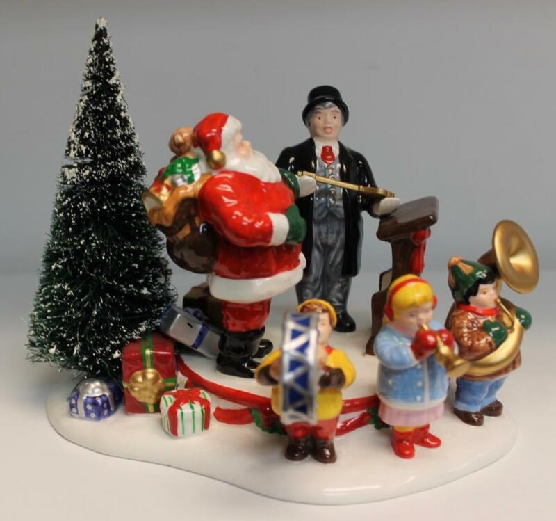 Dept 56 Snow Village Santa Comes To Town, 1997 #54899 in Original Box