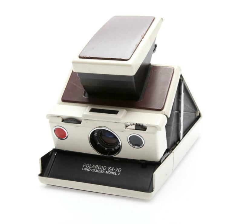 Polaroid SX-70 Model 2 Land Camera