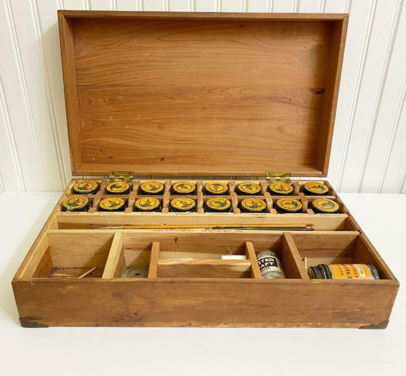 Antique Devoe Raynolds Wooden Artist Paint Box Tempra Bottles Indian Caps 1929
