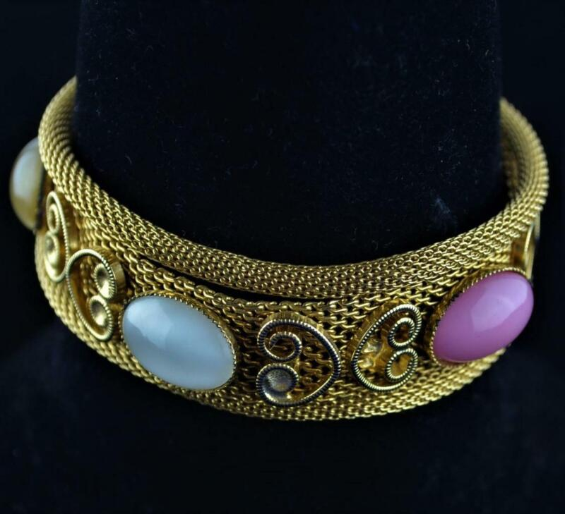 """VINTAGE GOLD TONE 3 STRAND MESH BRACELET WITH CABOCHONS AND HEART DESIGN - 7"""""""