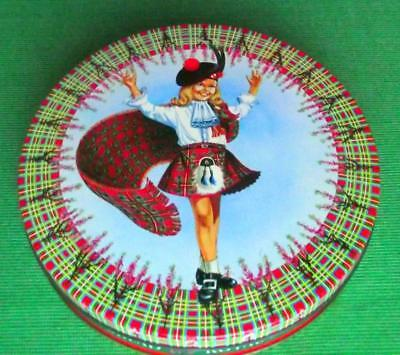 c1950 Edinburgh Peak Frean Shortbread Bonnie Lassie Tartan Tartanware Tin B