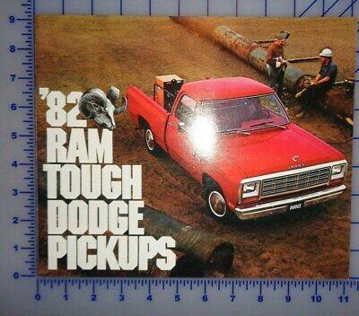 1982 Dodge Pickup Trucks Brochure