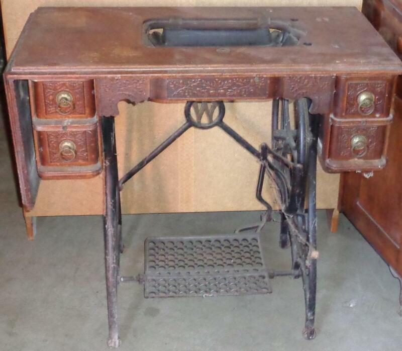 Antique Cast Iron & Wood White Sewing Machine Table ANITQUE PIECE  NEEDS MACHINE