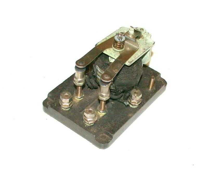 STRUTHERS DUNN  8HXX  2-POLE CONTACTOR 6 VAC COIL115 VAC CONTACTS 60 HZ