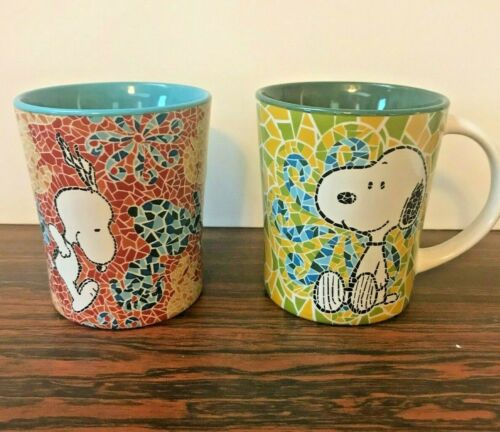 Lot of 2 Gibson Peanuts SNOOPY Mosaic Ceramic Coffee Tea Mugs Cups!