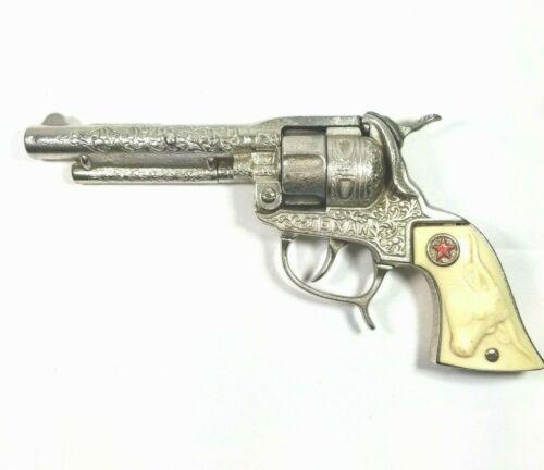 Beautiful Vintage Hubley Cast Iron Texan Toy Cap Gun w/ Box Cover