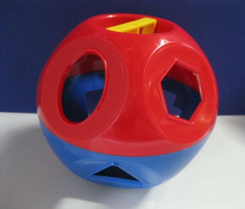 Tupperware TUPPERTOYS Shape O Ball Sorter Toy Replacement red/blue BALL ONLY EXC