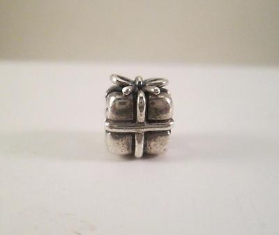 Authentic 925 ALE PANDORA 790300 Sterling Silver Present Charm RETIRED BH2
