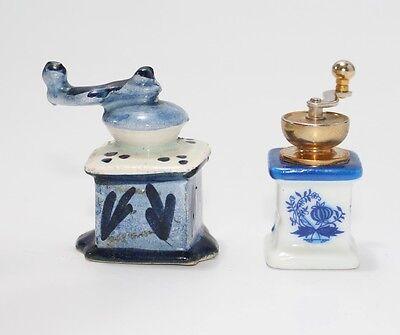 2x  Kaffeemühle für Puppenküche, Keramik und Porzellan  #J805