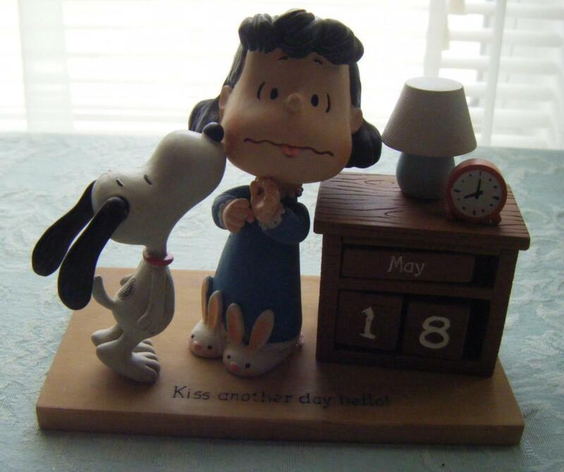 PEANUTS Snoopy & Lucy *KISS ANOTHER DAY HELLO* Perpetual Calendar New