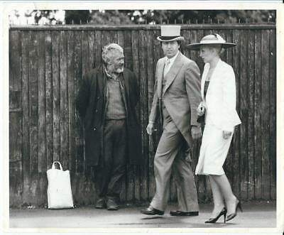 Royal Ascot Berkshire racecourse fashion takes over the Races Press Photo 1980