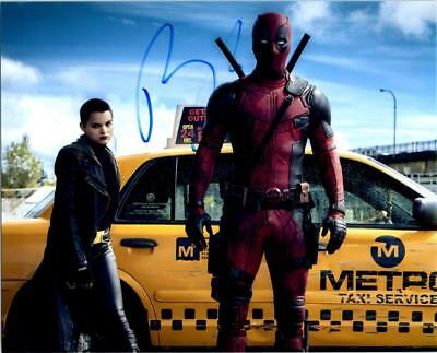 Ryan Reynolds Deadpool autographed 8x10 Photo signed Picture COA